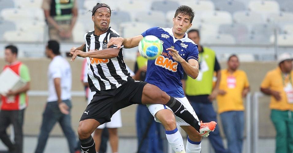 Cruzeiro conquista título do Campeonato Mineiro após dois empates contra o rival Atlético-MG