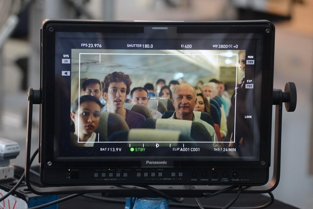 12abril2014 - Luiz Felipe Scolari participa de gravação de propaganda para a TV