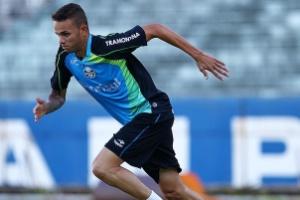 Luan retoma treinos de campo e pode reforçar o Grêmio nas oitavas ... 061677a7f0002