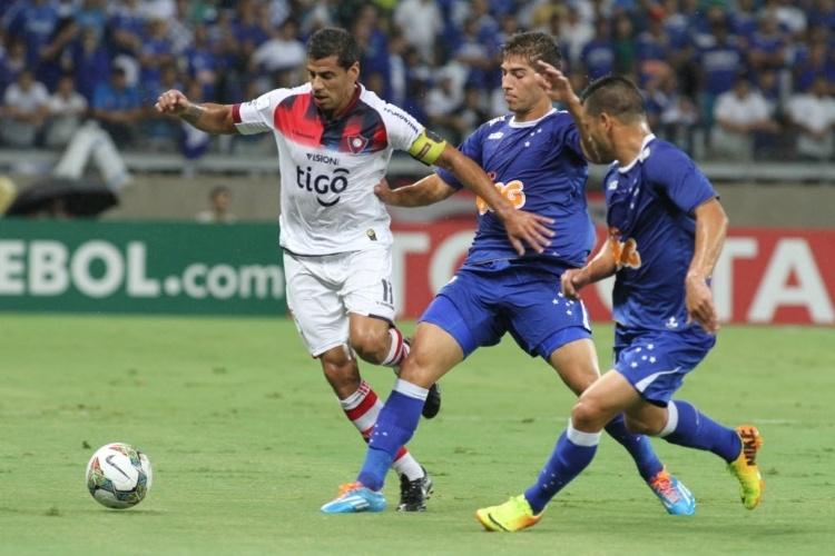 Cruzeiro recebe Cerro Porteño pelas oitavas de final da Libertadores25 fotos ad1ba3f79e946
