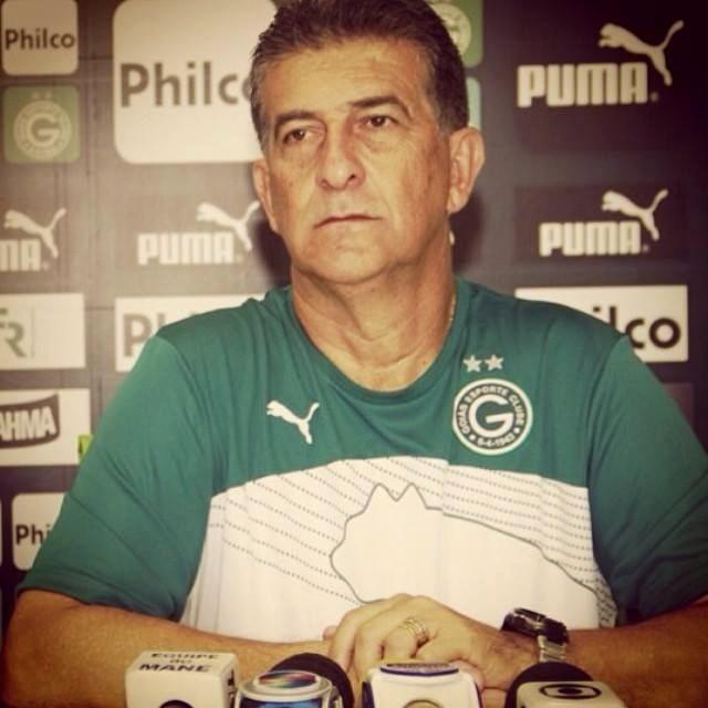 Ricardo Drubscky é apresentado como novo técnico do Goiás