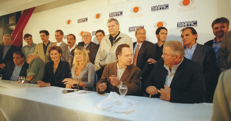 Em 1999, Luciano do Valle comandava o Show do Esporte, iniciativa pioneira na TV brasileira