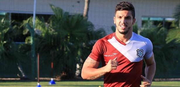 O atacante Éverton Santos foi um dos destaques do Figueirense no jogo de domingo - Luiz Henrique / site oficial do Figueirense