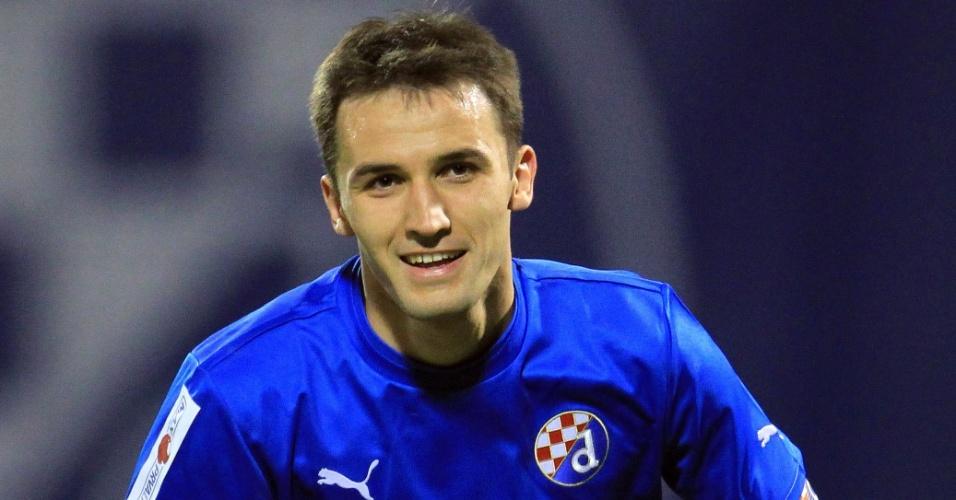 17.mar.2012 - Milan Badelj, do Dinamo Zagreb, comemora durante partida contra o Hajduk Split pelo Campeonato Croata