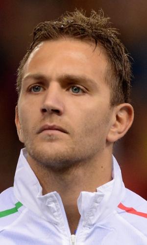 05.mar.2014 - Domenico Criscito, da Itália, fica perfilado antes do amistoso contra a Espanha em Madri