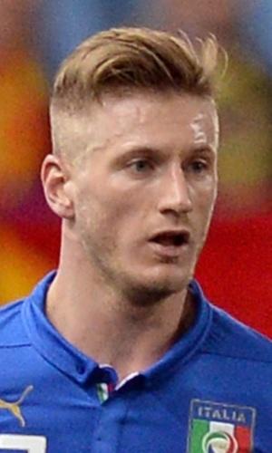 05.mar.2014 - Ignazio Abate, da Itália, avança para o ataque em jogada durante o amistoso contra a Espanha em Madri