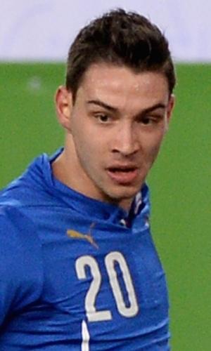 05.mar.2014 - Mattia de Sciglio, da Itália, tenta o passe durante o amistoso contra a Espanha em Madri