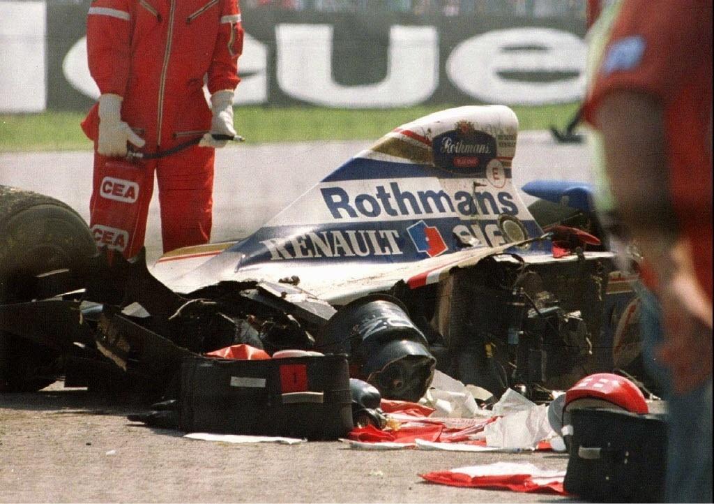 Resultado de imagem para Ayrton Senna acidente