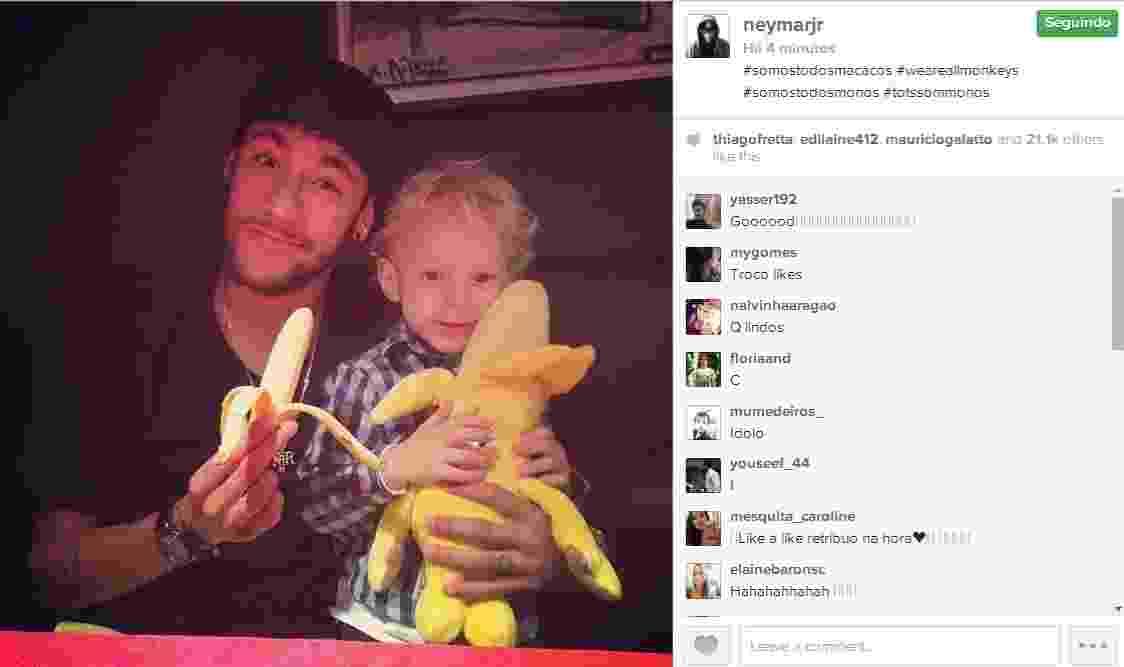 Neymar posta foto segurando uma banana - Reprodução/Instagram
