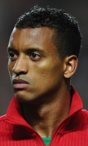 15.nov.2013 - Nani, de Portugal, se perfila antes ado jogo contra a Suécia pela repescagem da Copa do Mundo-2014