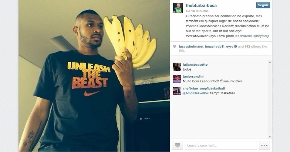 28.abr.2014 - Leandrinho, ala-armador do Phoenix Suns, se solidariza com Daniel Alves e posta foto no Instagram com um cacho de banana