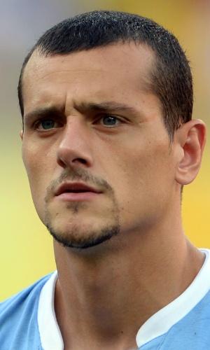 23.jun.2013 - Matias Aguirregaray, do Uruguai, fica perfilado antes do jogo contra o Taiti pela Copa das Confederações