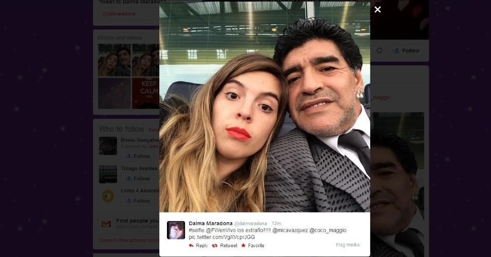 Filha de Maradona posta foto com ele no Stamford Bridge (30.ABR.2014)