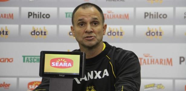 Wagner Lopes acertou com o Atlético-GO após deixar recentemente o Criciúma
