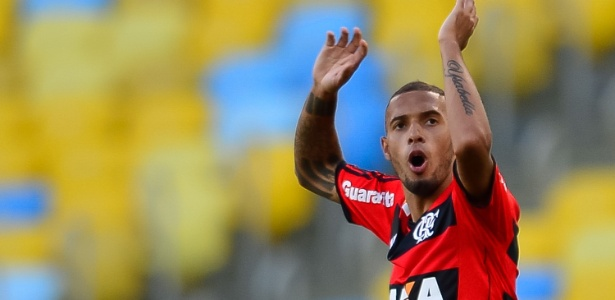 Paulinho foi um dos campeões da Copa do Brasil de 2013 realocados pelo Flamengo
