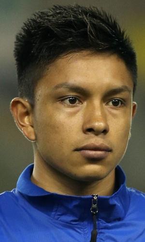 05.mar.2014 - Crístian Ramírez, do Equador, fica perfilado antes do amistoso contra a Austrália em Londres