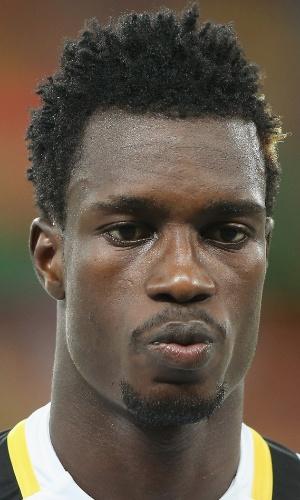 06.fev.2013 - John Boye, de Gana, fica perfilado antes da partida contra Burkina Fasso pela Copa Africana de Nações