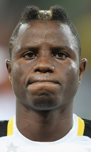 06.fev.2013 - Wakaso Mubarak, de Gana, fica perfilado antes da partida contra Burkina Fasso pela Copa Africana de Nações