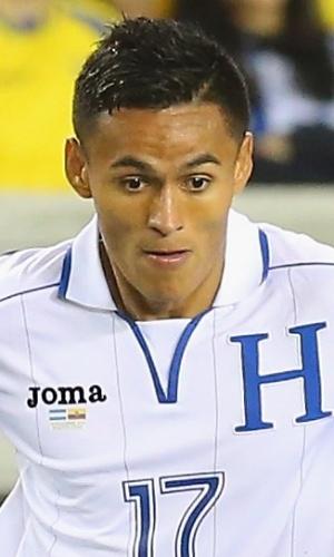 19.nov.2013 - Andy Najar, de Honduras, domina a bola durante o amistoso contra o Equador nos EUA