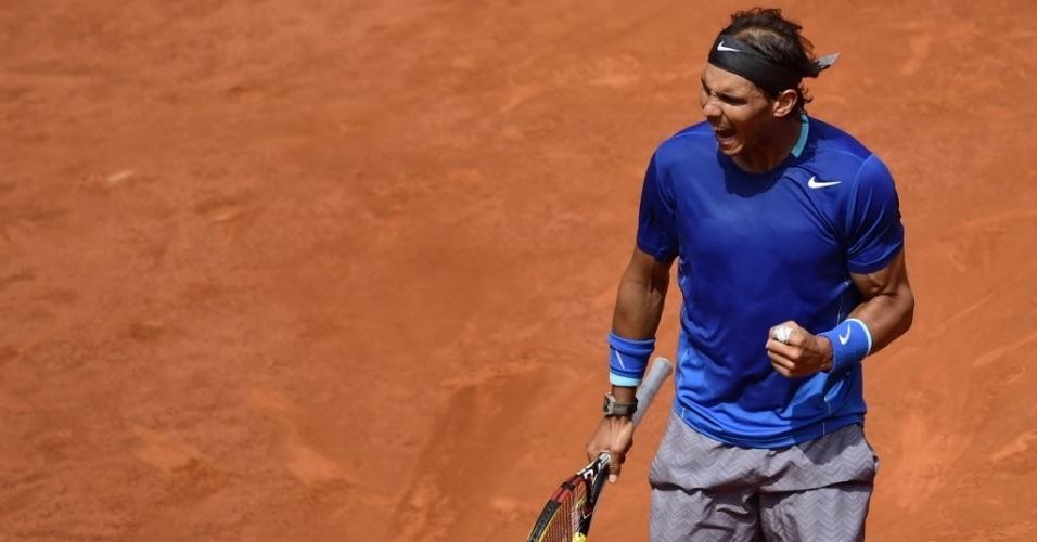08.mai.2014 - Rafael Nadal vibra muito durante a sua vitória sobre Jarkko Nieminen no Masters 1000 de Madri