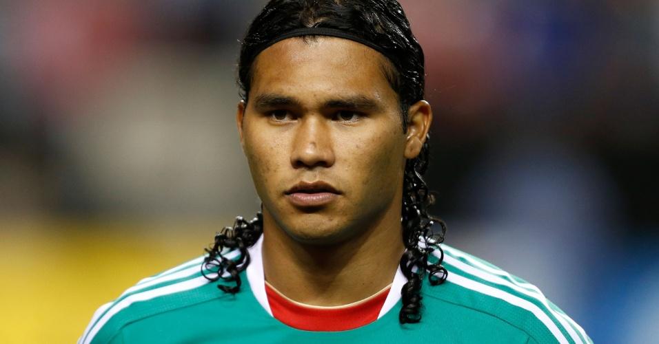 20.jul.2013 - Carlos Peña, do México, fica perfilado antes da partida contra Trinidad e Tobago pela Copa Ouro