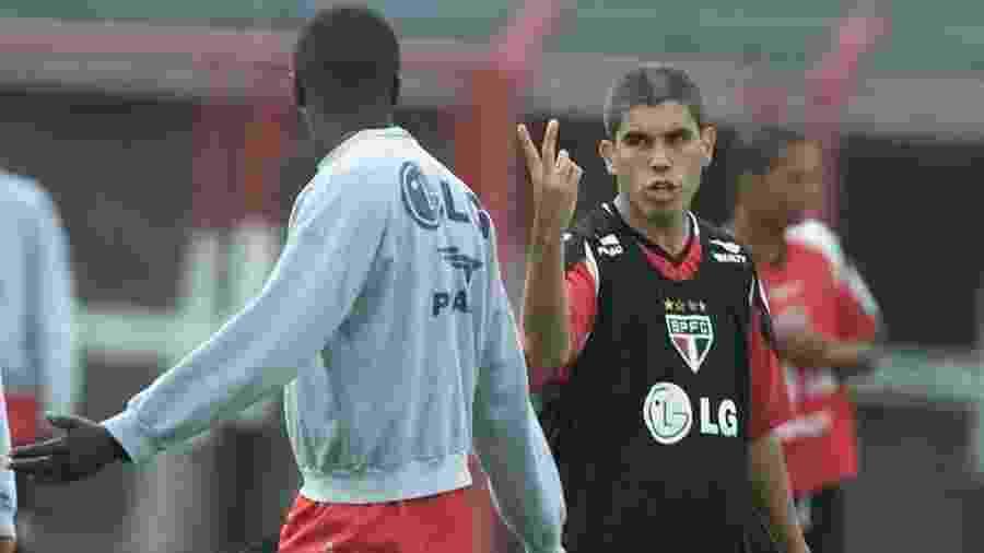 Pentacamepão mundial Ricardinho atuou no São Paulo em 2002 - Jorge Araujo/Folha Imagem