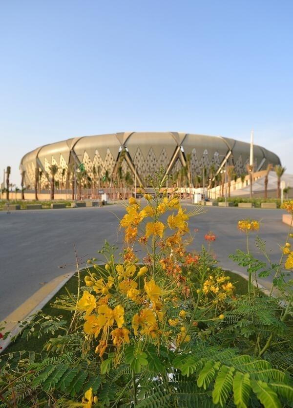 Vista externa de arena saudita a poucos dias de sua inauguração