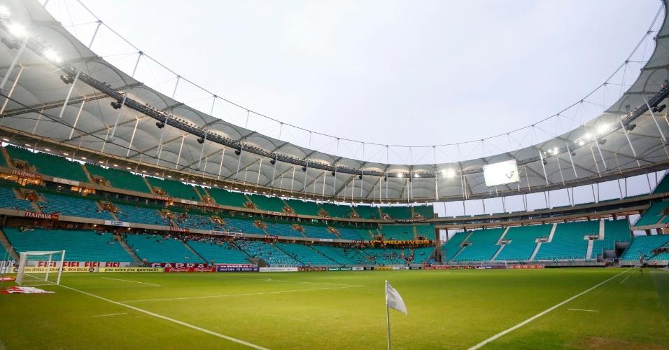 11.05.14 - Visão geral da Arena Fonte Nova horas antes do clássico entre Bahia e Vitória pela quarta rodada do Brasileiro