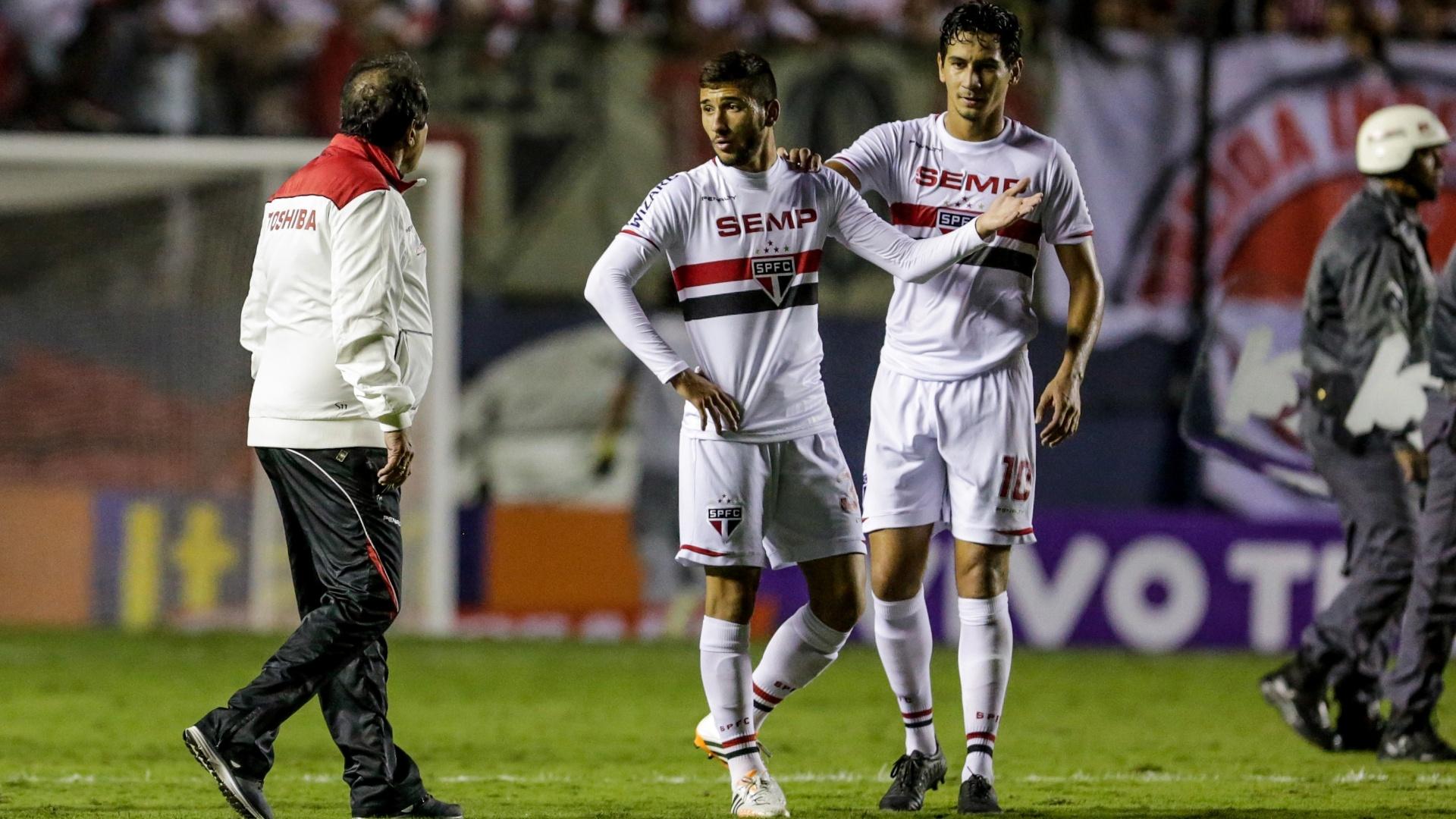 Muricy dá bronca em Boschilia e Ganso intervém após o empate entre São Paulo e Corinthians