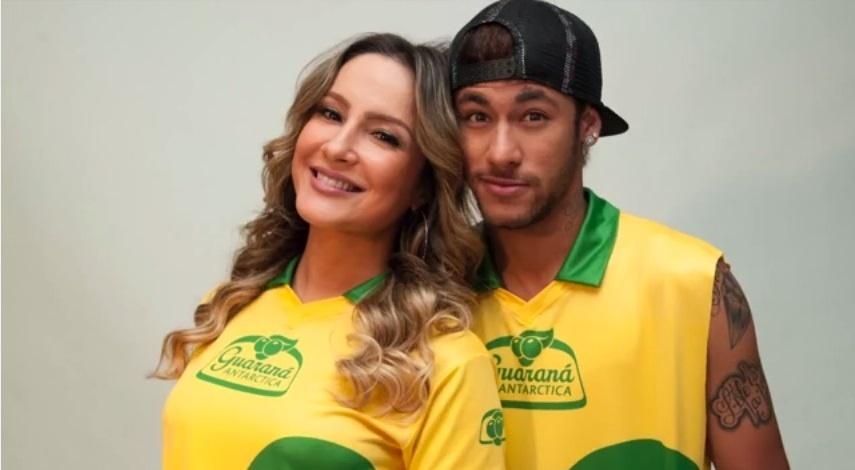 Neymar recebe Claudia Leitte em sua casa em Barcelona para entrevista