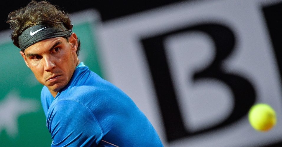 14.mai.2014 - Nadal enfrenta Gilles Simon pela segunda rodada em Roma