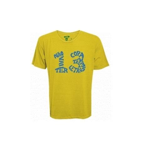 Kibe Loco lança coleção de camisetas com críticas à Copa do Mundo e lembra as famosas 13 letras de Zagallo