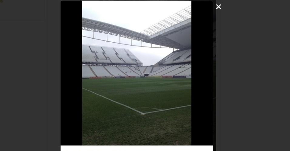 """18.mai.2014 - No Twitter, o Corinthians também postou uma imagem: """"Chegou o grande dia"""""""
