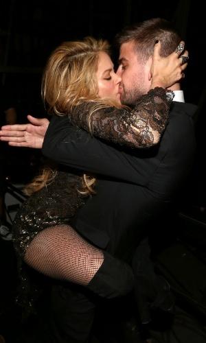 18.mai.2014 - Shakira beija Piqué no Billboard Awards