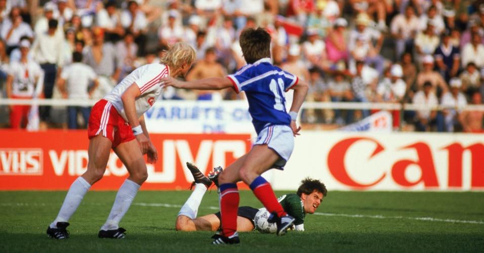 O Canadá só disputou a Copa de 1986 e não marcou gols, perdendo seus 3 jogos. Mas na estreia, o goleiro Kenneth Dolan segurou a França até os 34 min. do 2° tempo. Apesar da atuação e da derrota por apenas 1 a 0, ele foi para o banco nos dois jogos seguintes: o Canadá acabou perdendo por 2 a 0 para Hungria e União Soviética com Lettieri na meta