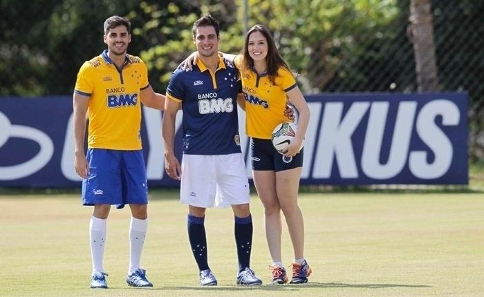 Camisa do Cruzeiro homenageia a seleção