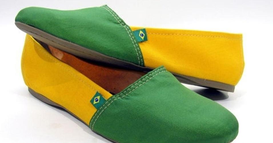 Sapato com as cores do Brasil