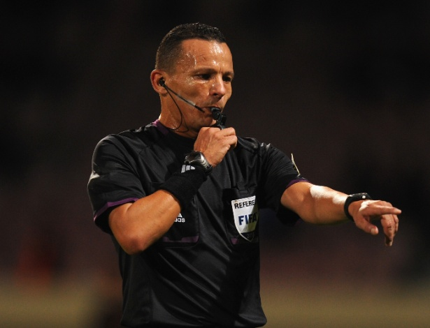 Djamel Haimoudi, árbitro argelino da Copa do Mundo de 2014