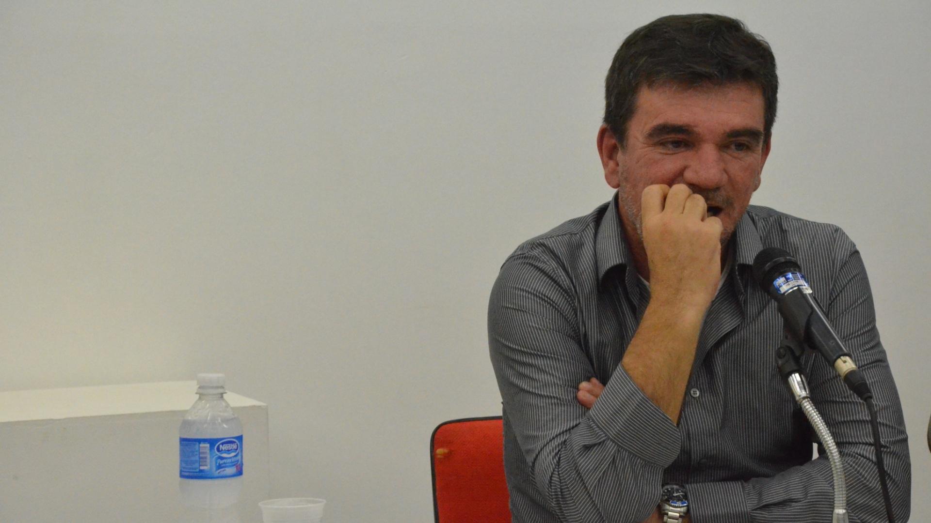 23.mai.2014 - Andrés Sanchez fala sobre o Itaquerão no VIII Simpósio América Latina da Fasm