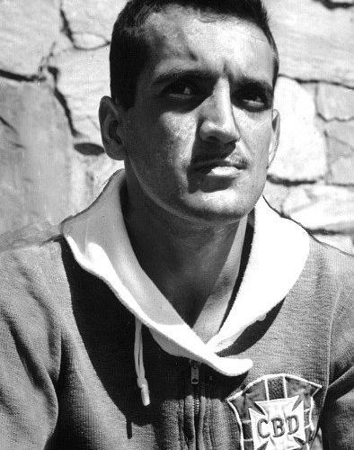 Joel, ex-atacante do Flamengo, foi campeão com a seleção brasileira da Copa de 1958