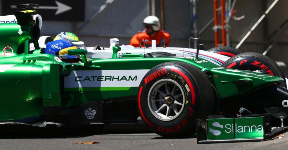 Felipe Massa e Ericsson se envolveram em acidente ainda no Q1; brasileiro se classificou para o Q2, mas precisou abandonar o treino