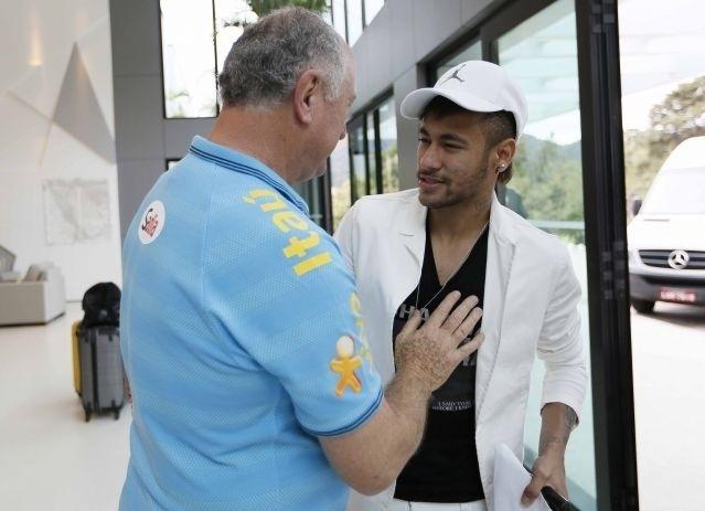 Felipão recepciona Neymar em Teresópolis