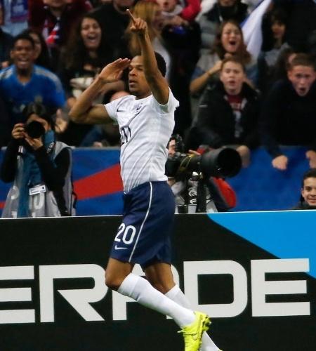 27.mai.2014 - Loic Remy comemora seu gol, o terceiro da França na goleada sobre a Noruega