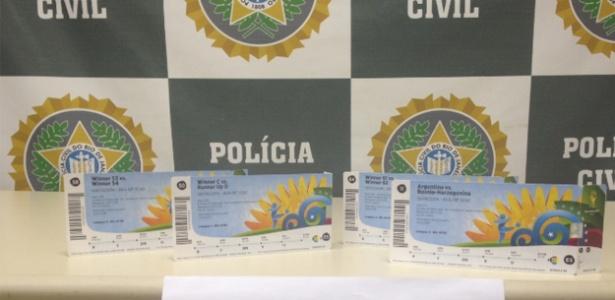 Polícia prende homem que tentava vender ingressos