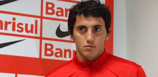 Carlos Luque esteve emprestado ao Peñarol e agora espera definição sobre futuro