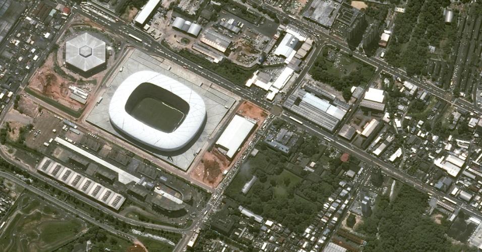 Imagem da Arena da Amazônia vista do espaço, captada por satelíte