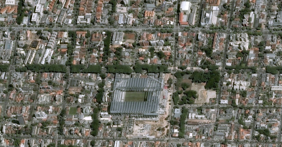 Imagem da Arena da Baixada vista do espaço, captada por satelíte