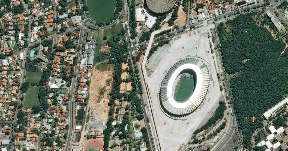 Imagem do estádio Mineirão vista do espaço, captada por satelíte