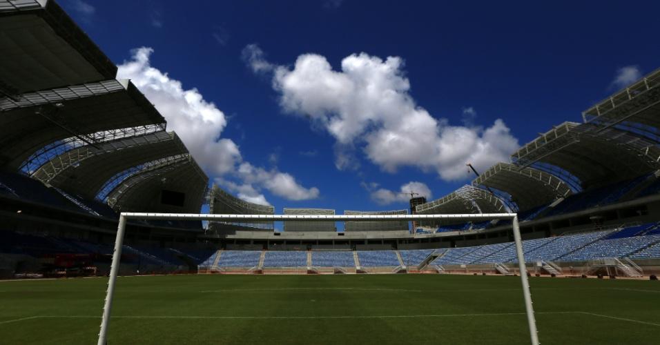 Visão atrás do gol na Arena das Dunas