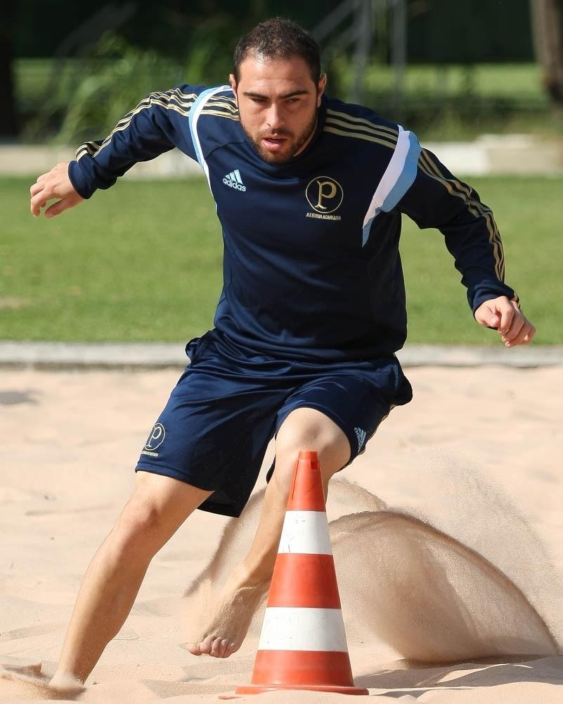 08-04-2014 - Bruno César treina no Palmeiras